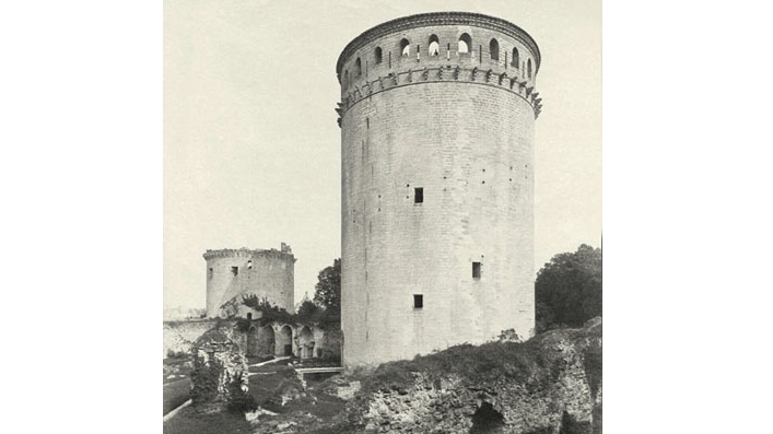 Bombardement et destruction du donjon de Coucy